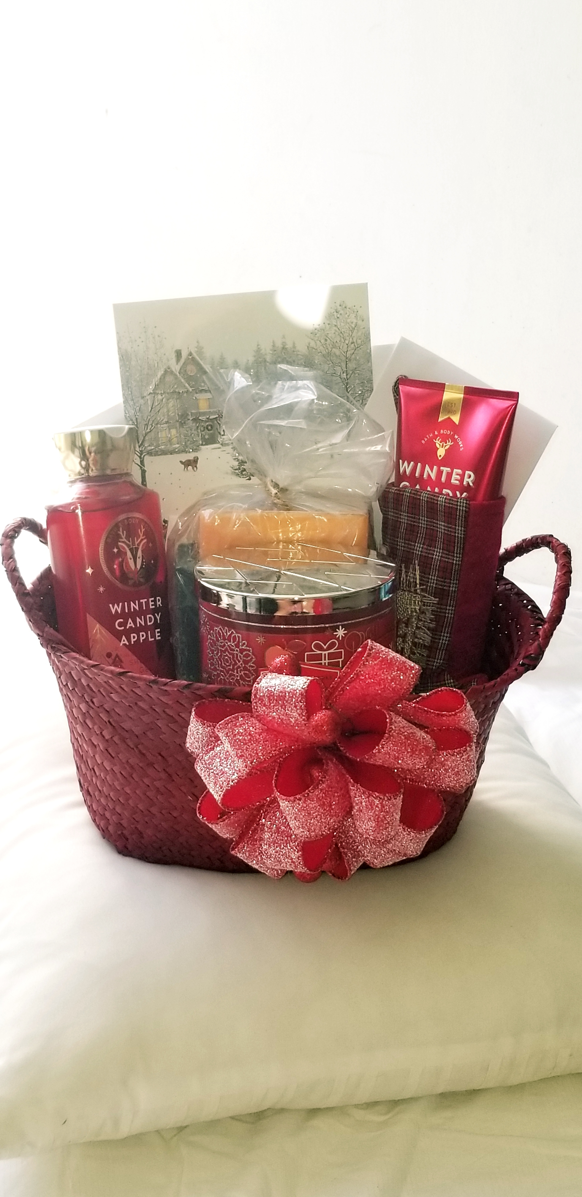 Christmas Gift Basket for your Loved One!